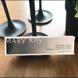 Mary Kay Lash Intensity Mascara - Black
